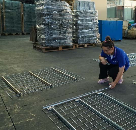 F Channel Corrosion Protection Galvanized Industrial Steel Wire Mesh Decking for Warehouse Shelf Storage