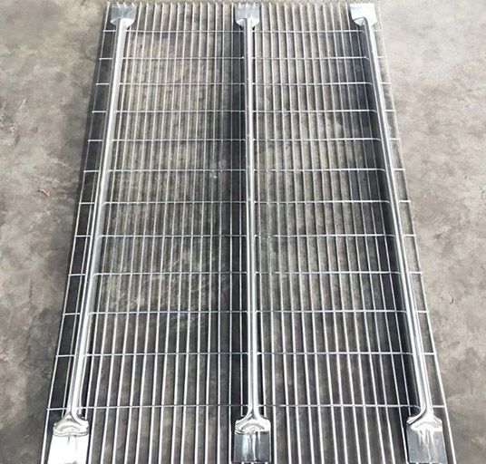 Mesh Decking Shelf
